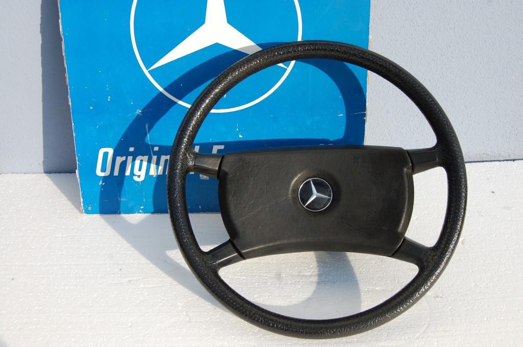 mercedes w123 lenkrad durchmesser 415 mm autoteile glauner. Black Bedroom Furniture Sets. Home Design Ideas